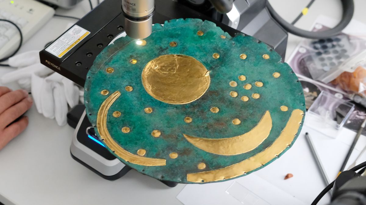 Untersuchung der Bronze-Legierung der Himmelsscheibe von Nebra