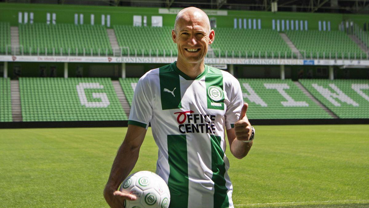 Arjen Robben bei seiner Vorstellung im Trikot des FC Groningen