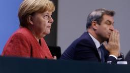 16.11.2020, Berlin: Bundeskanzlerin Angela Merkel (CDU) erläutert auf einer Pressekonferenz im Bundeskanzleramt gemeinsam mit Markus Söder (CSU, r), Ministerpräsident vonBayern, die Ergebnisse ihres vorangegangenen Gesprächs. Merkel hatte sich in einer Videokonferenz mit den Ministerpräsidenten der Bundesländer über das weitere Vorgehen in der Corona-Krise beraten. Foto: Odd Andersen/AFP/POOL/dpa +++ dpa-Bildfunk +++ | Bild:dpa-Bildfunk/Odd Andersen