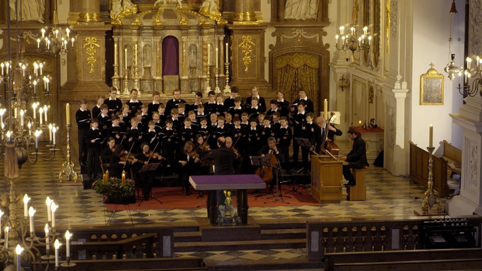Christliche Lieder im Advent ohne Kirche | BR24