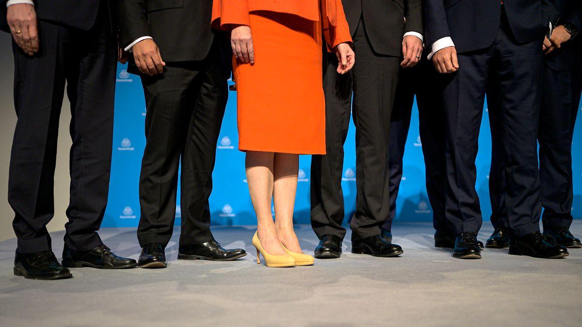 Symbolfoto: Mindestens eine Frau im Vorstand großer Unternehmen