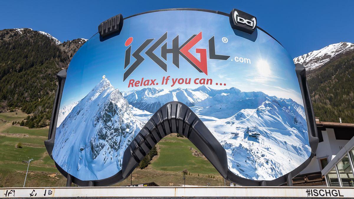 Überdimensionale Skibrille in Ischgl