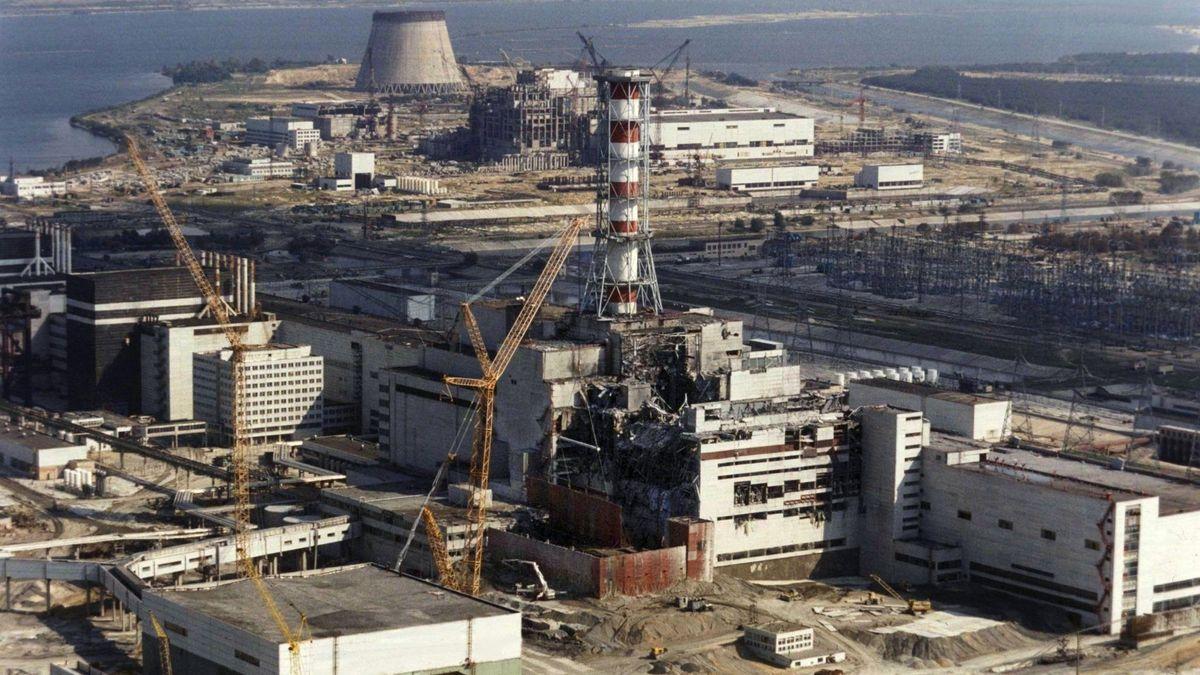 Reparaturarbeiten am Atomkraftwerk Tschernobyl.