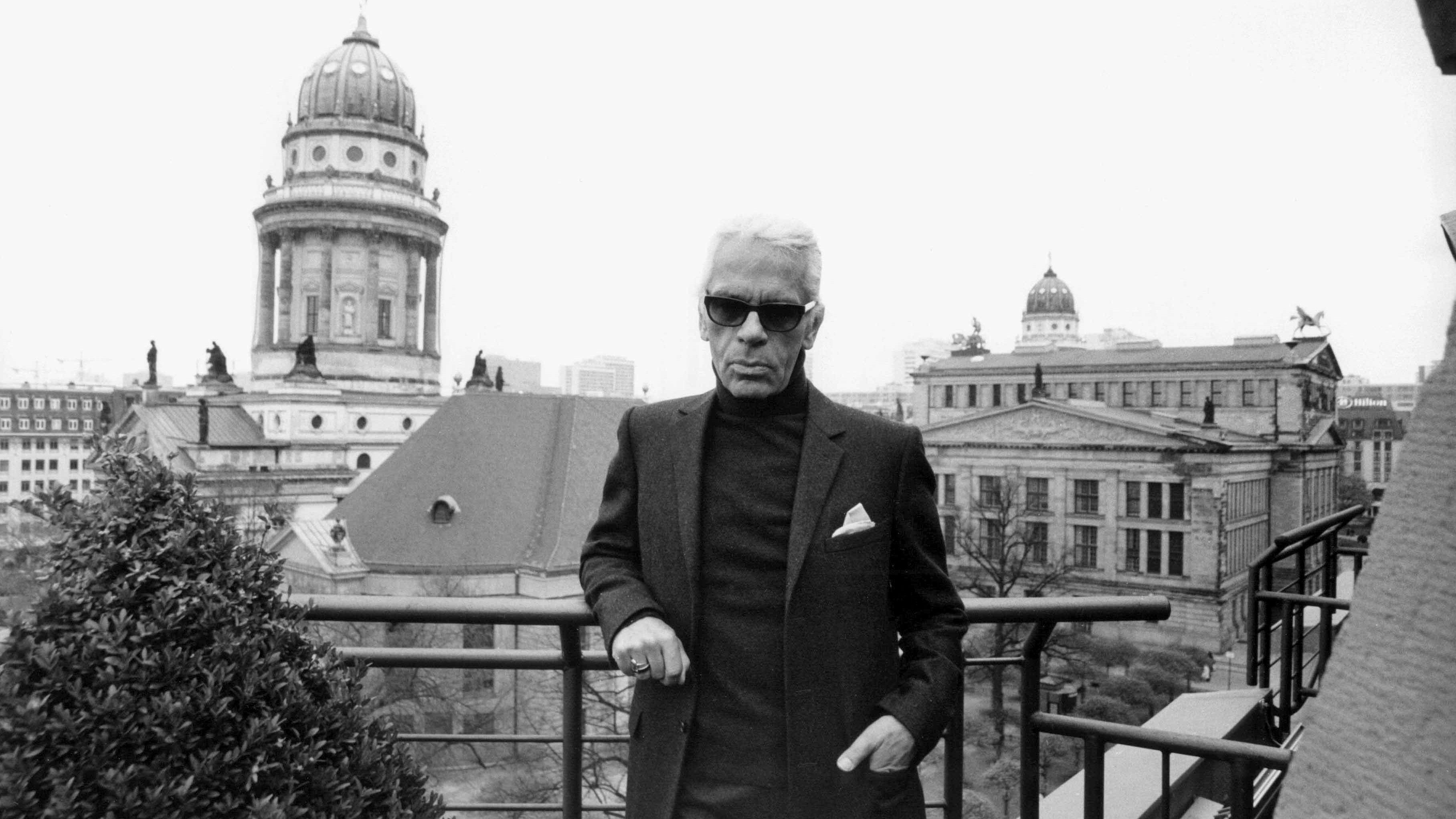 Karl Lagerfeld 2002 in Berlin - aufgenommen von Daniel Biskup
