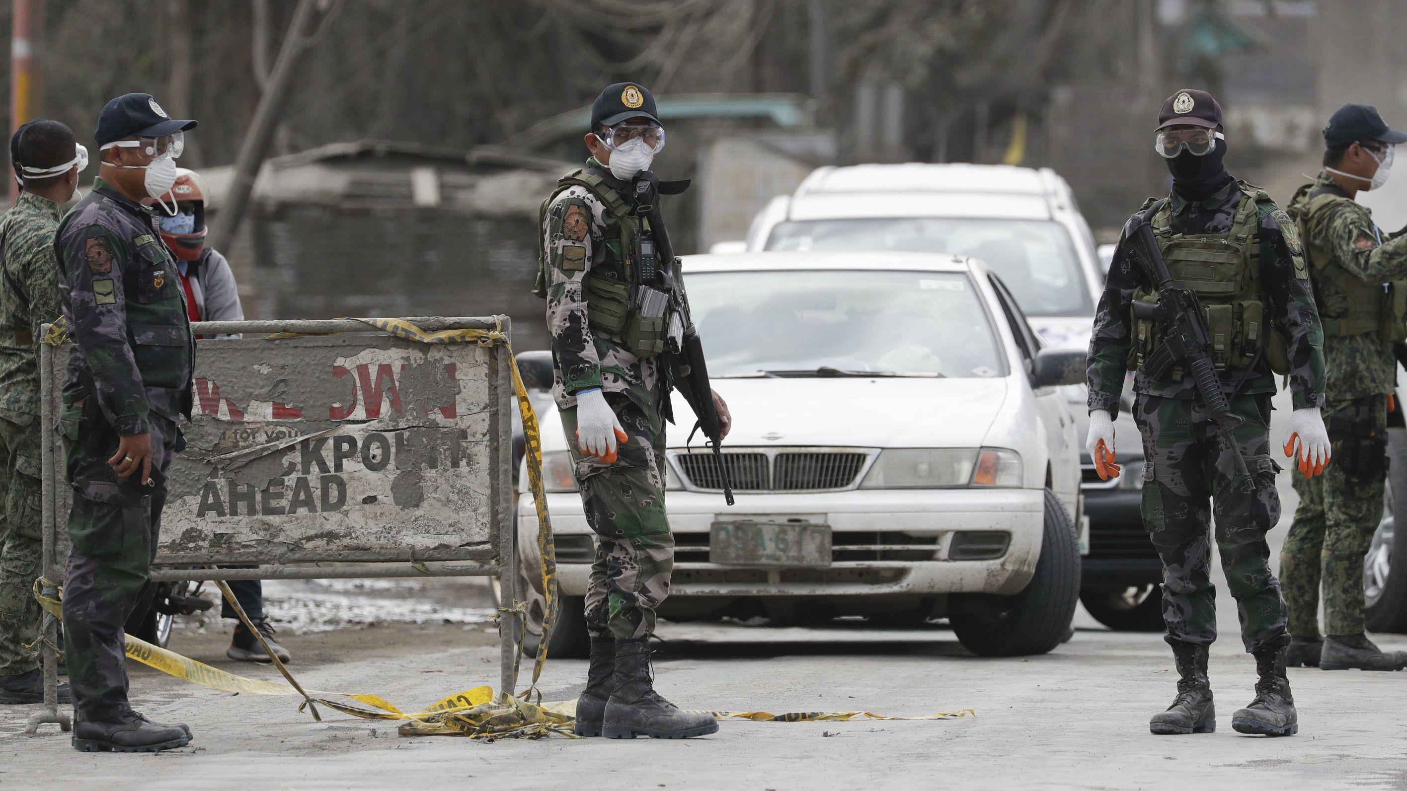 Die Regierung hat eine vollständige Evakuierung der Gebiete nahe des Vulkans angeordnet.