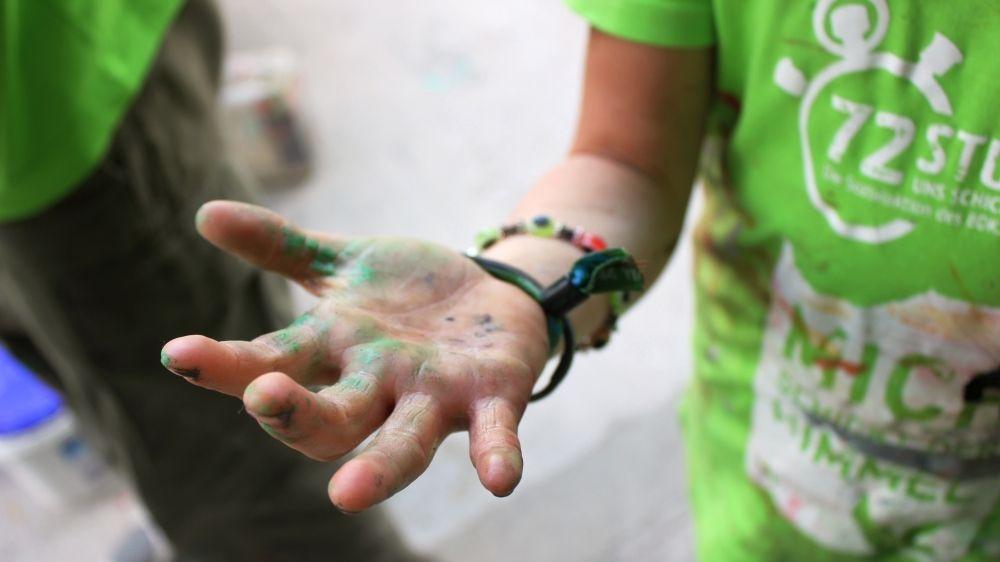 Bei der 72-Stunden-Aktion des BDKJ packen Jugendliche an - und haben auch keine Scheu, sich die Hände schmutzig zu machen.