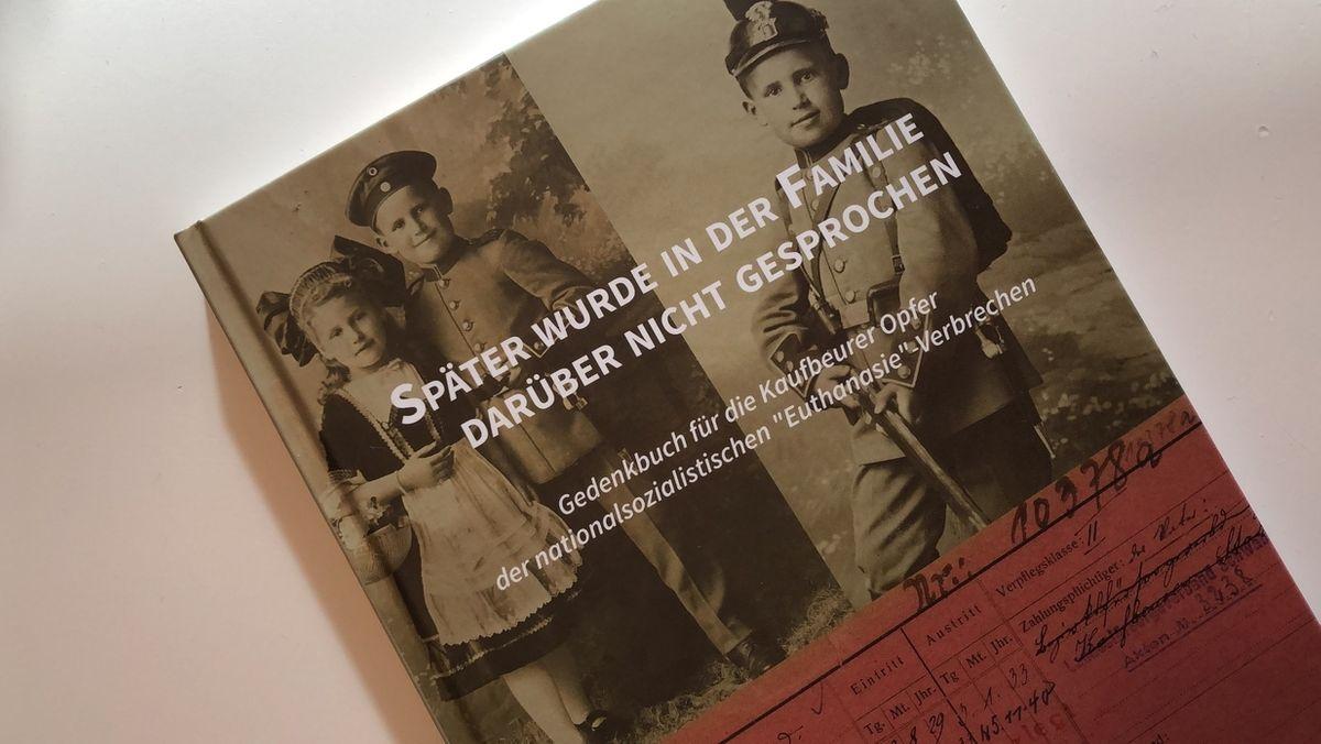 Gedenkbuch über Euthanasie-Opfer in Kaufbeuren