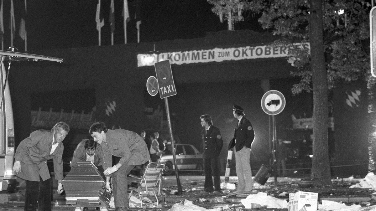 Bergung der Opfer nach dem Anschlag auf dem Oktoberfest 1980
