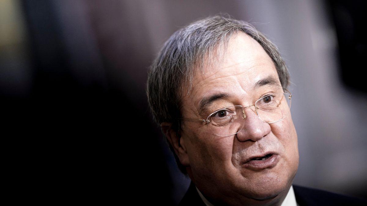 CDU-Chef Armin Laschet erntet nach skeptischen Äußerungen zur Bedeutung von Corona-Inzidenzzahlen große Kritik.