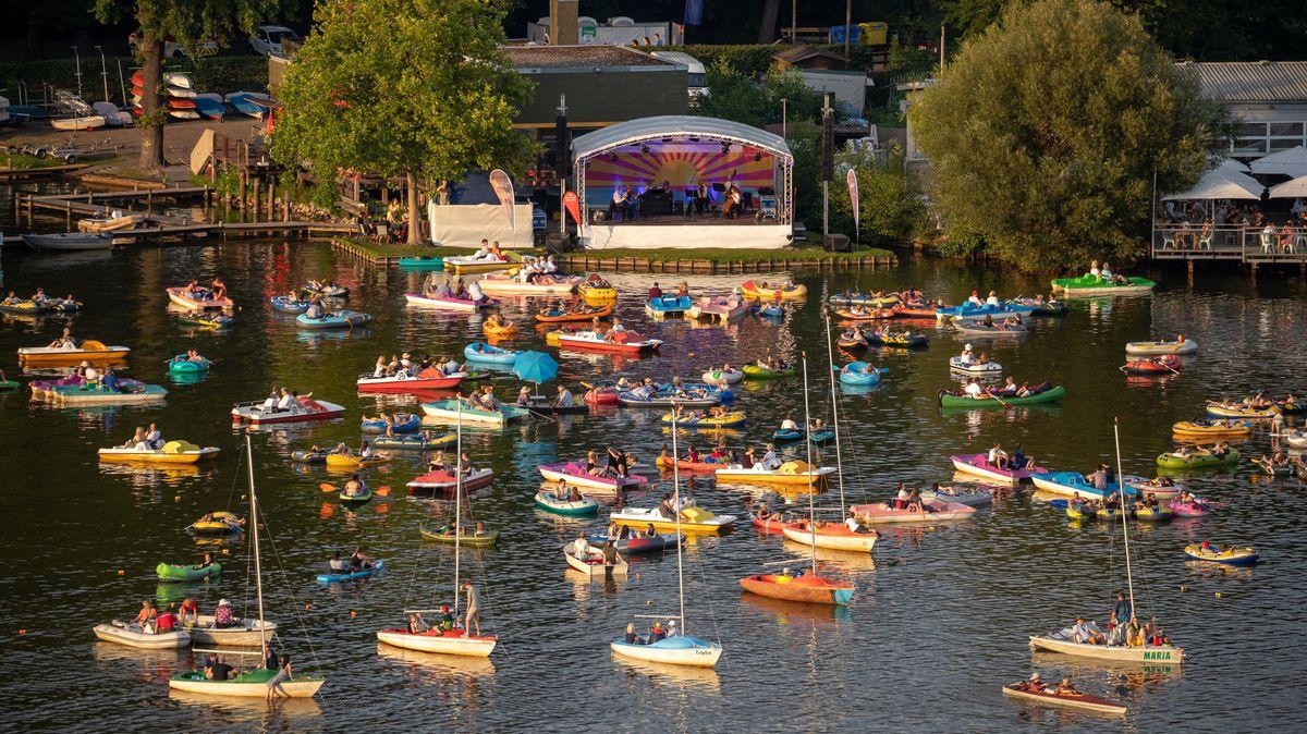 Das Bardentreffen auf der Seebühne am Dutzendeich in Nürnberg. Die Seebühne findet auch in diesem Jahr wieder statt, mit erweitertem Programm.