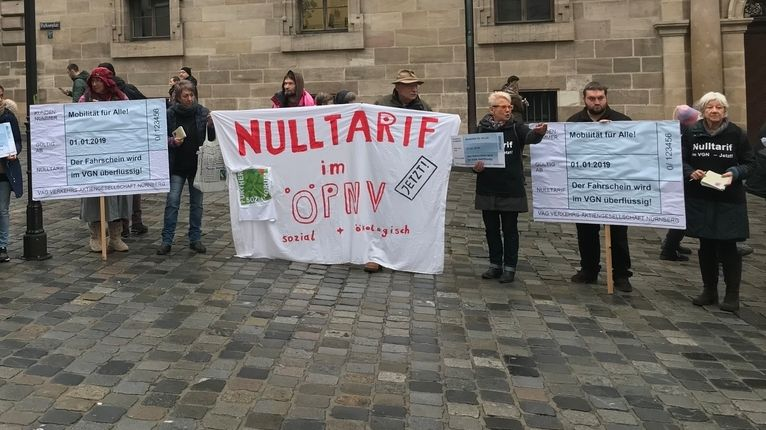 Prostestkundgebung gegen die Fahrpreiserhöhung im VGN