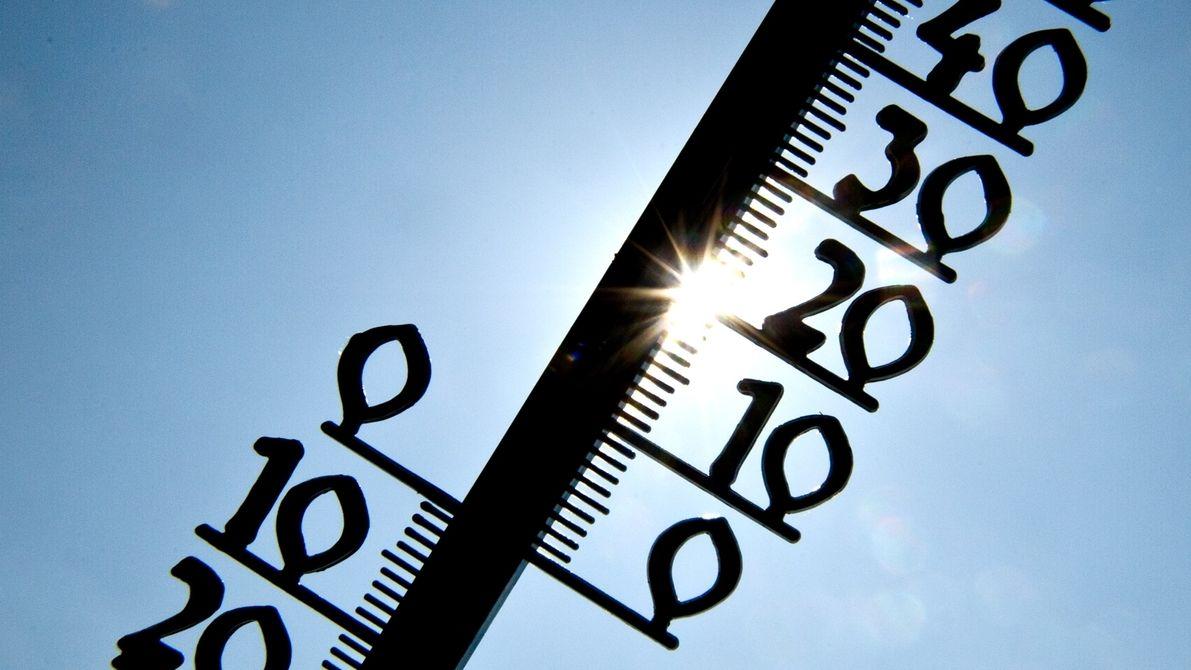 Thermometer im Gegenlicht