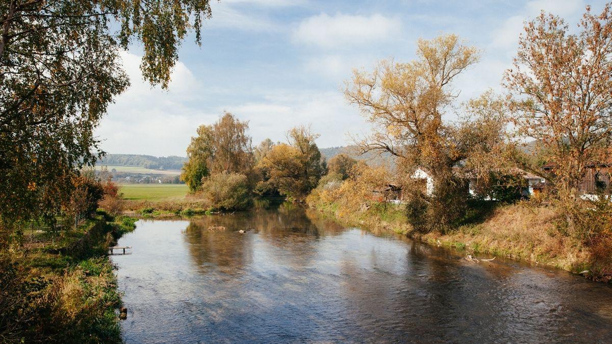Der Fluss Altmühl im Altmühltal.