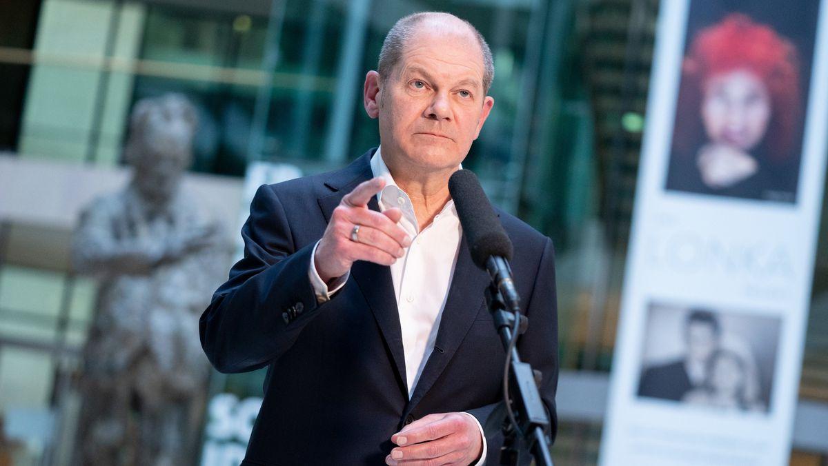 Olaf Scholz, Bundesminister der Finanzen und SPD-Kanzlerkandidat, bei der Vorstellung des SPD-Wahlprogramms für die Bundestagswahl