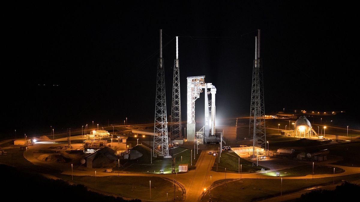 Starliner an Bord der Atlas-V-Rakete am Weltraumbahnhof, kurz vor dem ersten Start am 20. Dezember 2019