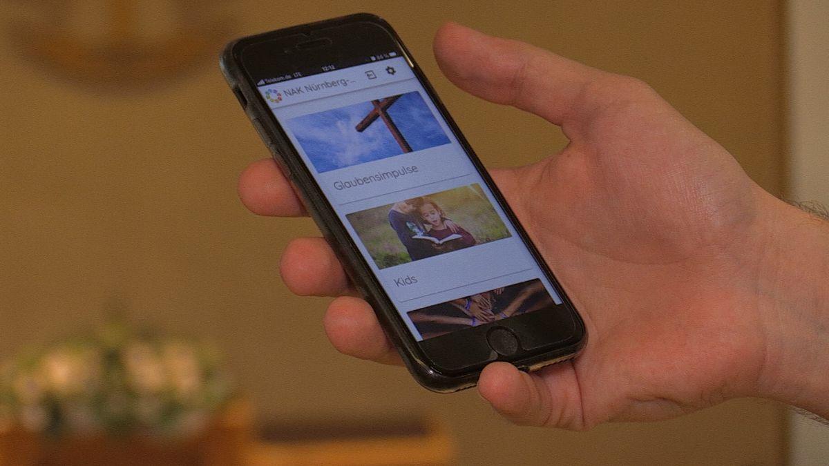 Gemeinde-App auf dem Smartphone