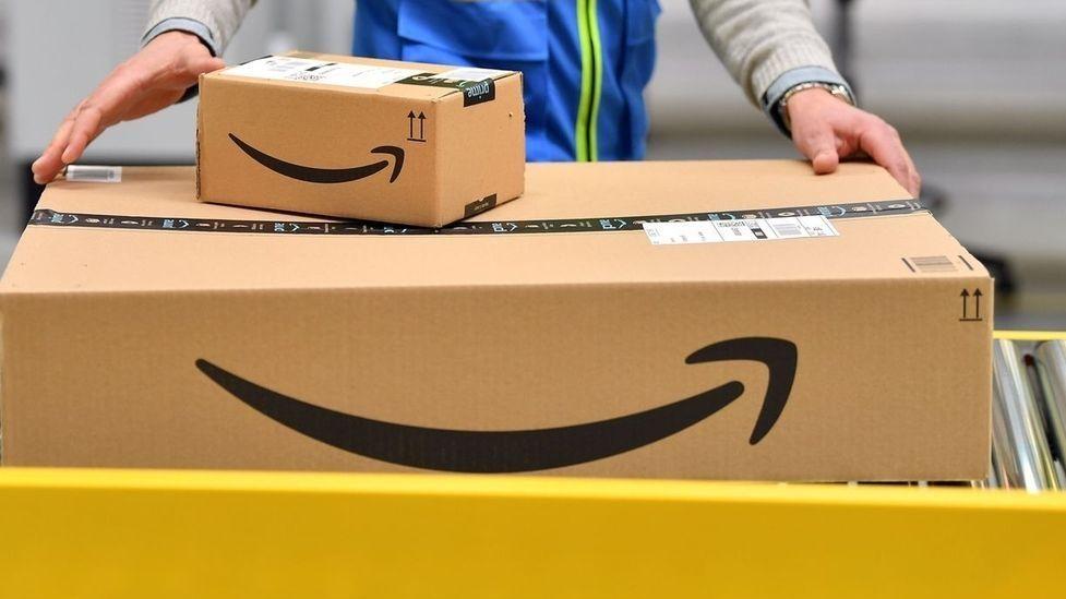 Amazon Pakete (Symbolbild)