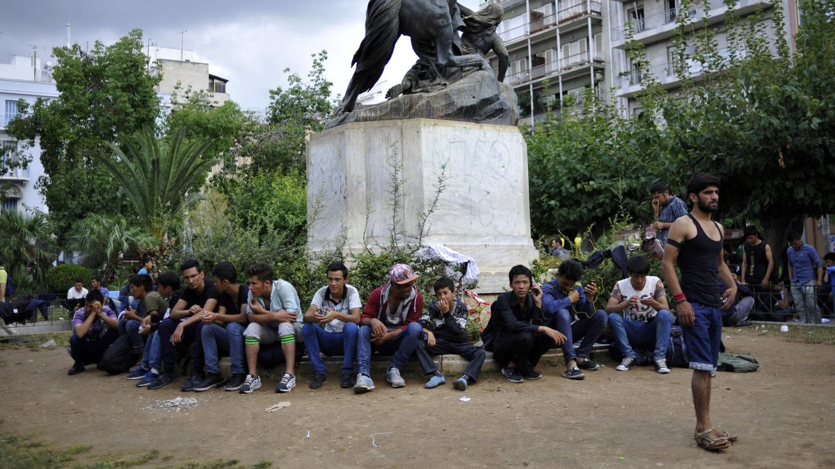 Flüchtlinge am Viktoriaplatz in Athen.