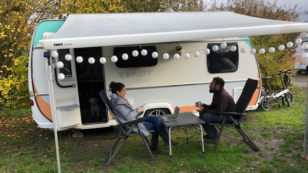 Nele und Jalil Landero leben vom Camping