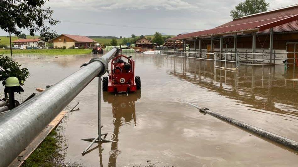 Überschwemmter Bauernhof