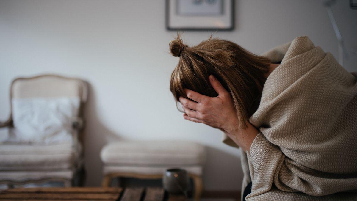 Während einer Migräneattacke können die meisten Betroffenen gar keine Reize mehr vertragen.