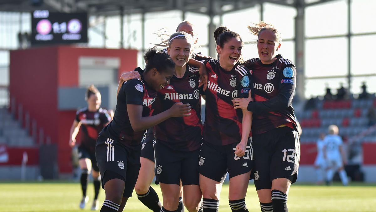 Champions League der Frauen: Torjubel der Bayern-Frauen nach dem 1:0 gegen den FC Chelsea.