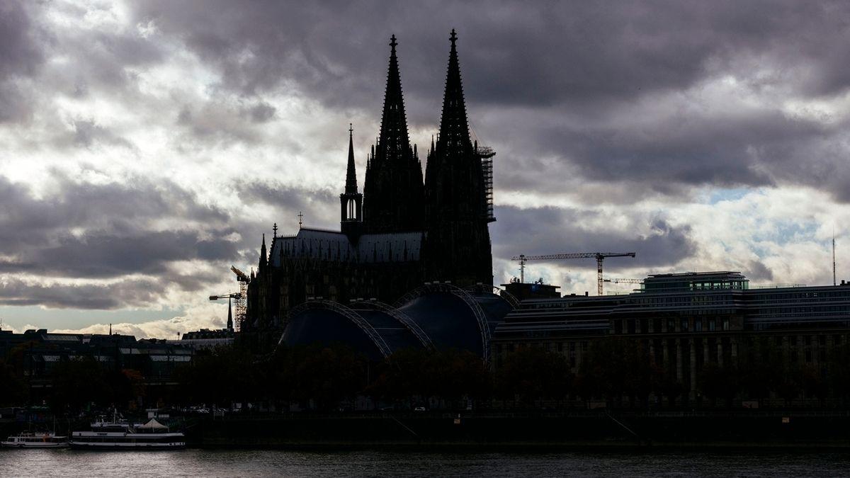Papst Franziskus schickt Prüfer ins Erzbistum Köln (Symbolbild)