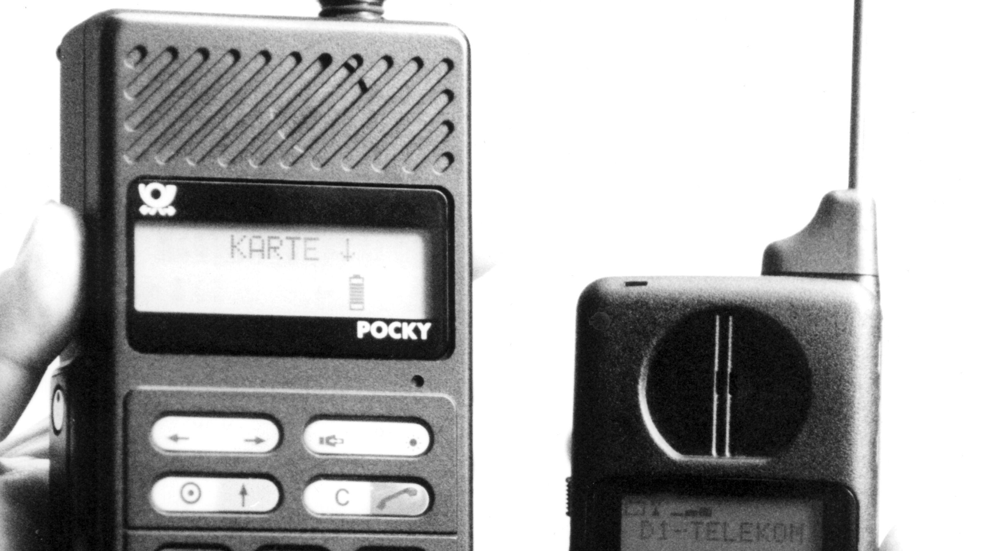 """Mobiltelefon """"Pocky"""" 1989"""