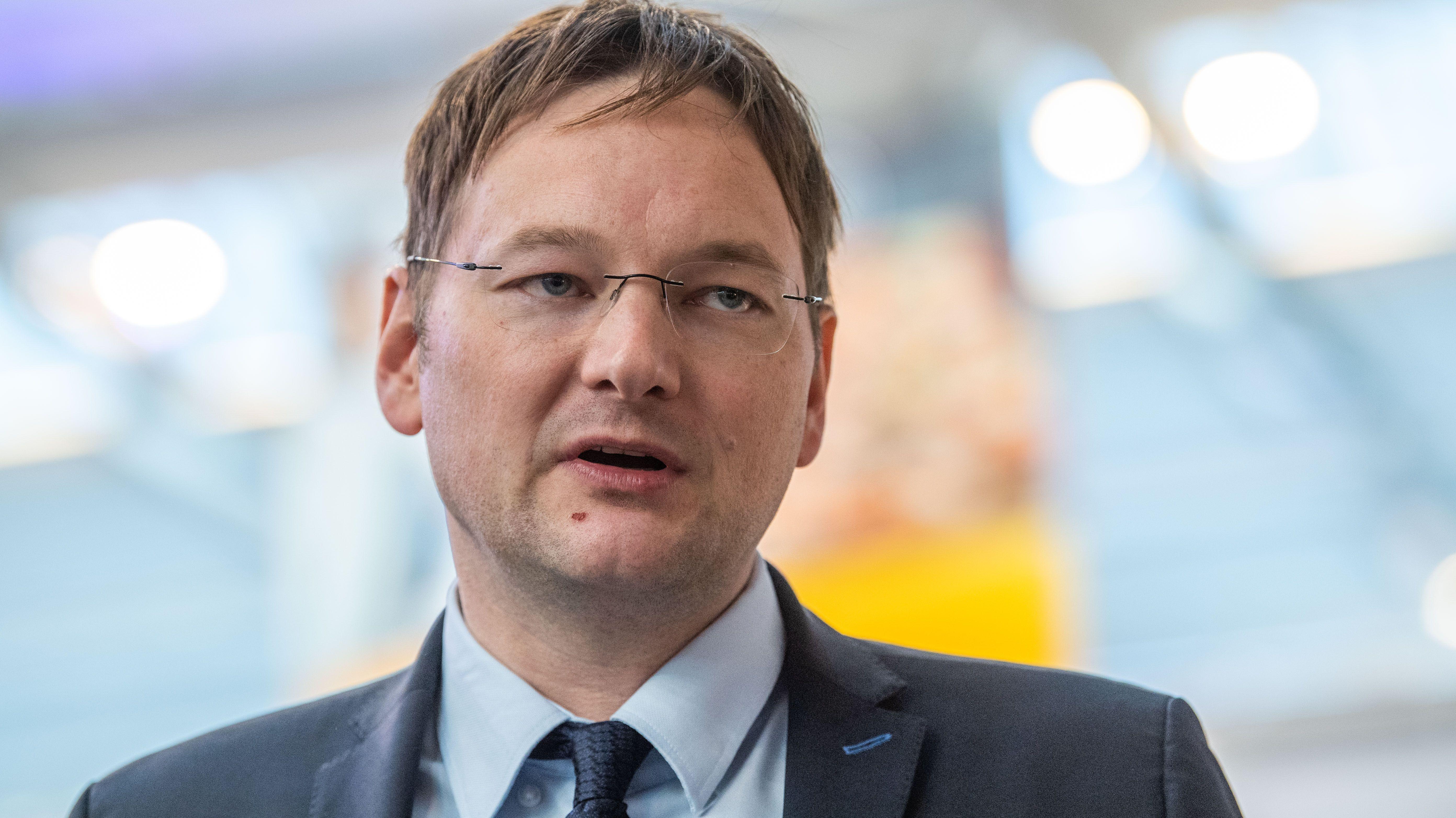 Der bayerische Verkehrsminister Hans Reichhart (CSU)