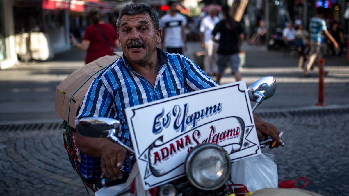 Türkischer Mopedfahrer (Symbolbild)