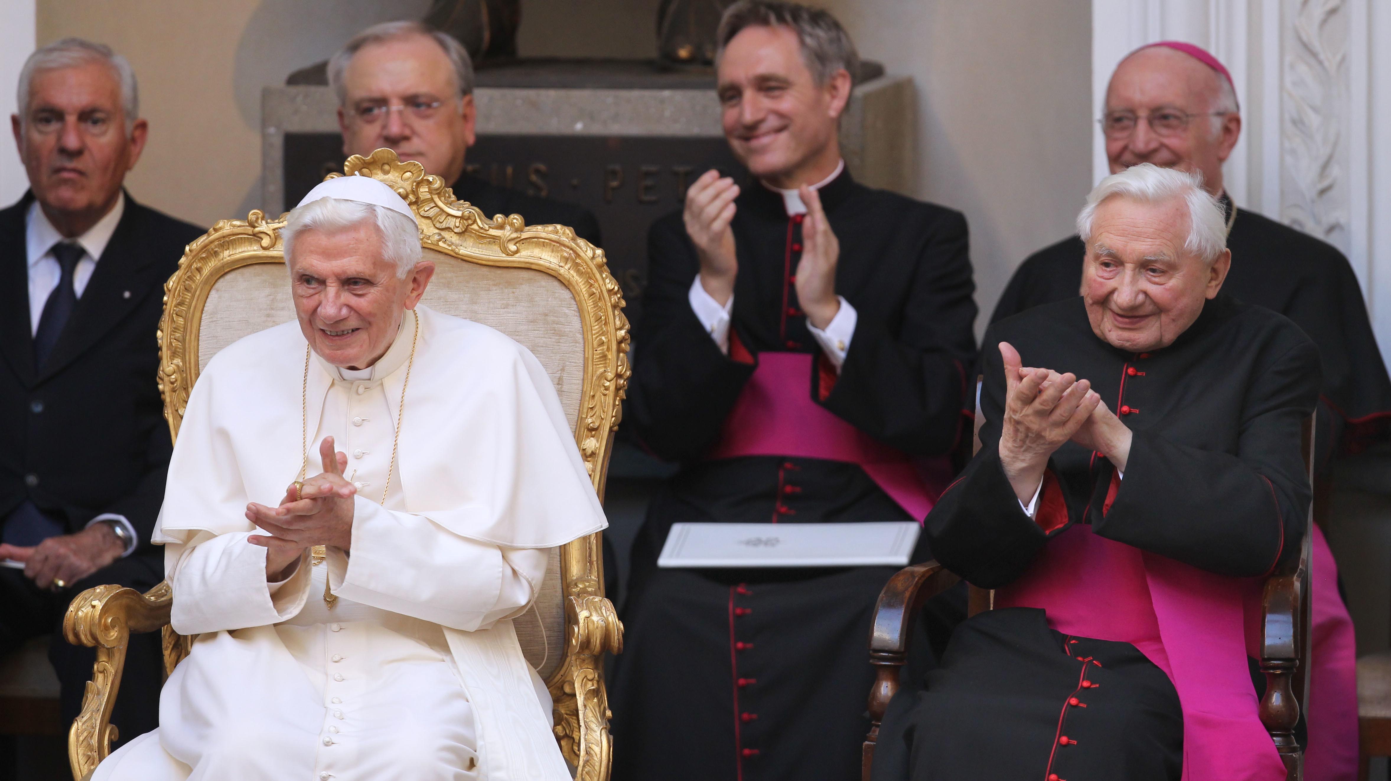 Immer wieder besucht Georg Ratzinger seinen Bruder in Rom. Der Silvesterbesuch sei Tradition.
