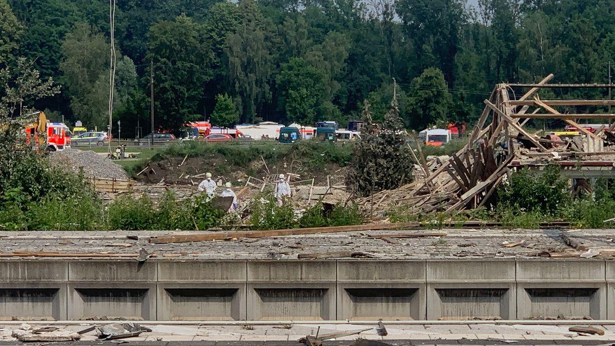 Explosion in Günzburg – Massive Schäden, Bahnverkehr eingestellt