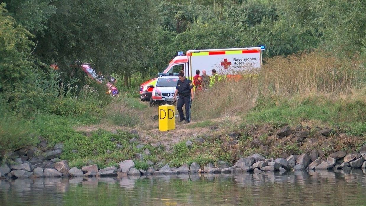 Schwimmer tot aus dem Main geborgen.