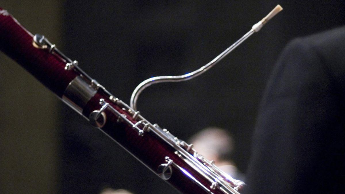 Fagottist in einem Orchester