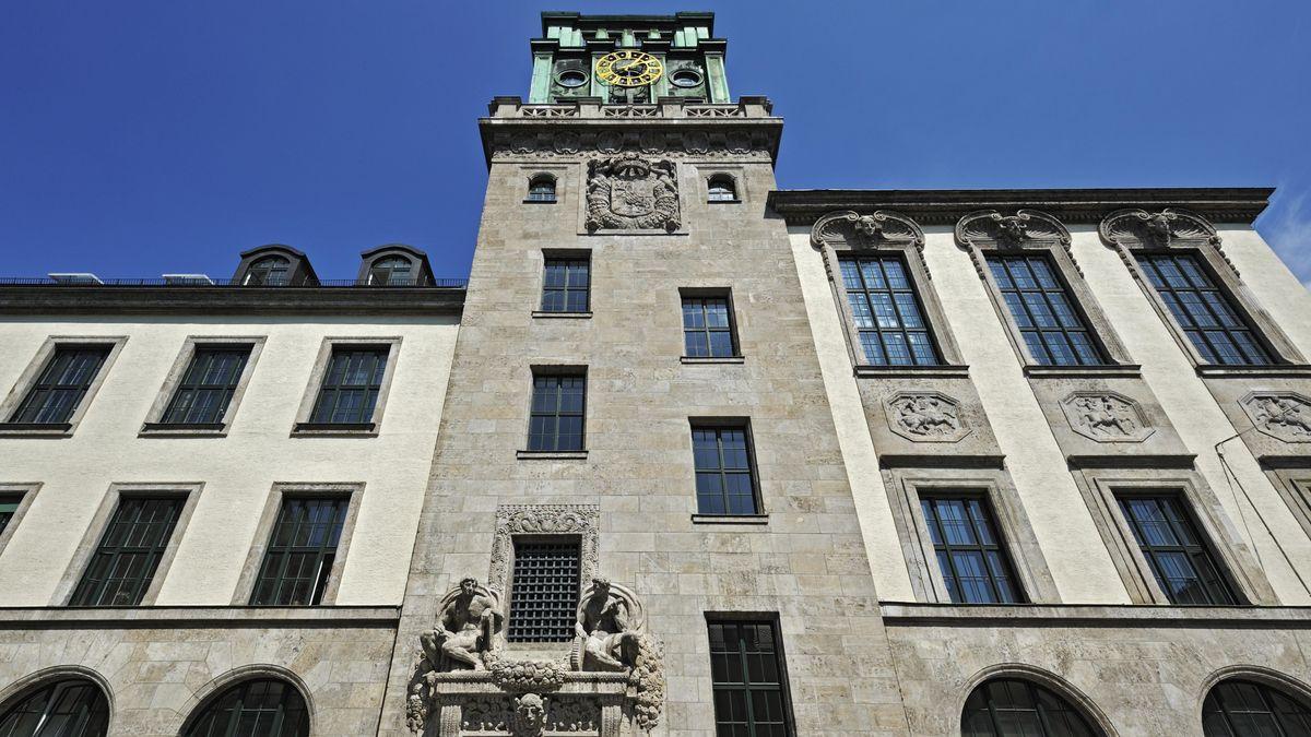 Hauptgebäude der TU München