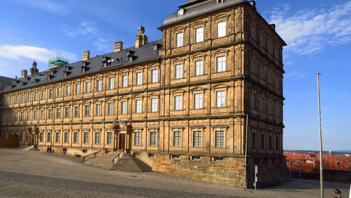 Das Foto zeigt die Neue Residenz in Bamberg vor Beendigung der Sanierungsarbeiten.