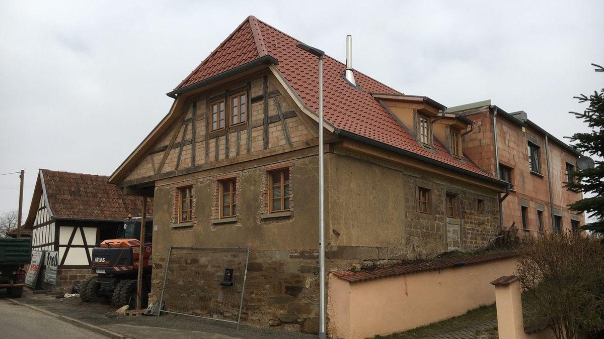 Altes Fachwerkhaus wird renoviert