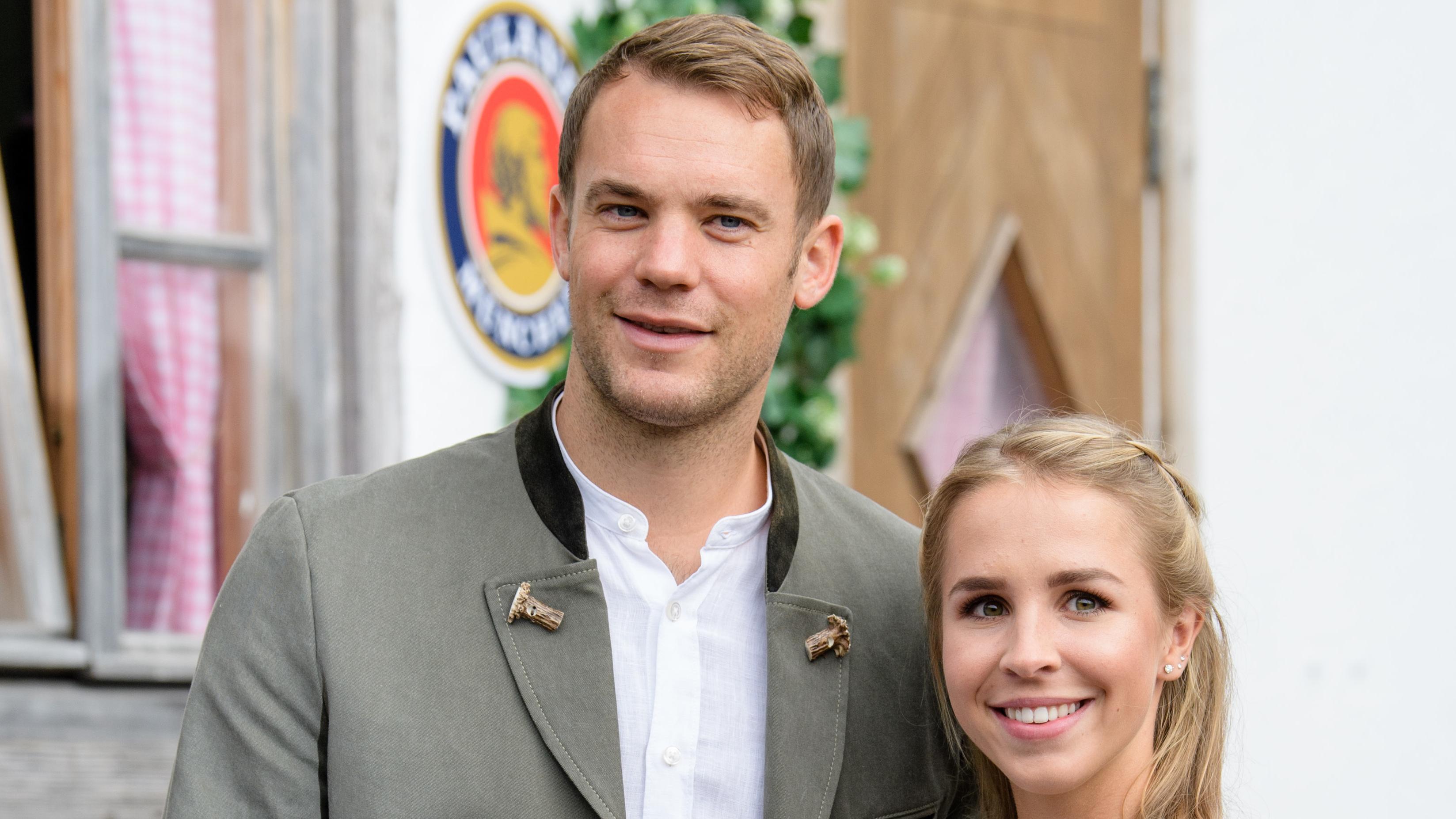 Manuel Neuer mit Ehefrau Nina