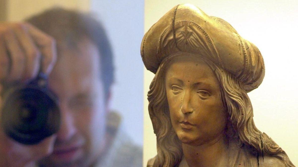 Heiligenfigur Tilmann Riemenschneiders im Würzburger Museum, angekauft 2003 für 2,7 Millionen Dollar.