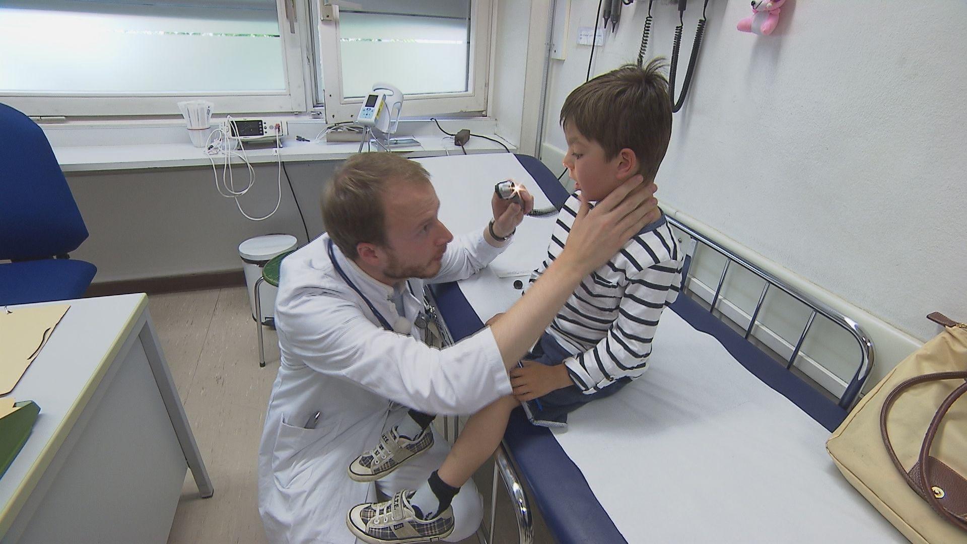 Die bayerischen Ärzte warnen vor einer Überfrachtung der Krankenhäuser mit zusätzlichen Aufgaben.