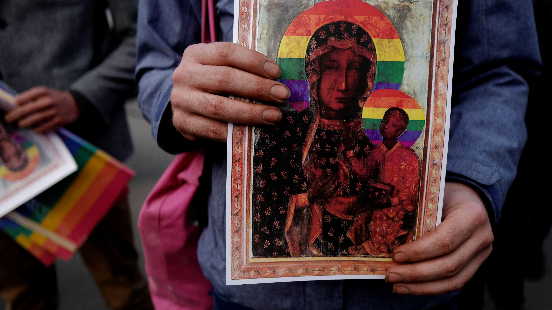 """Plakate mit """"Regenbogen-Madonna"""" von Tschenstochau"""