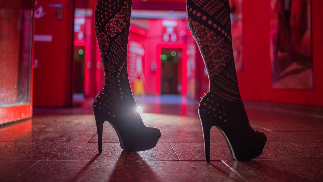 Neben illegaler Prostitution stellte die Polizei auch die illegale Beherbergung von Hotelgästen in einem Regensburger Hotel fest.