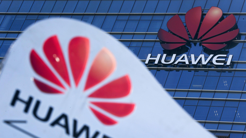 Das Huawei-Logo ist am Forschungs- und Entwicklungszentrum des Konzerns zu sehen.