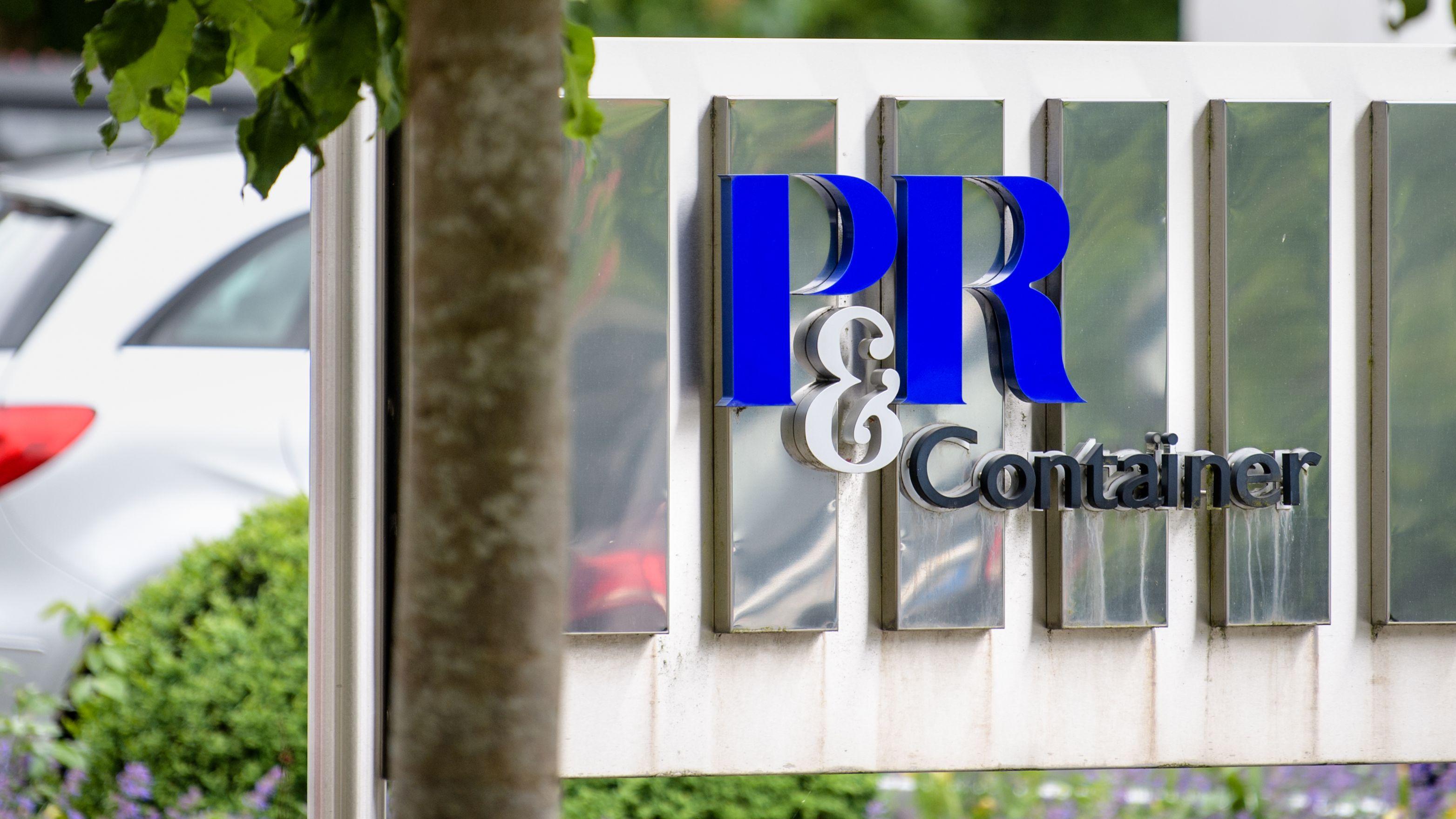 Das Gebäude der Firmenzentrale von P&R in Grünwald bei München.