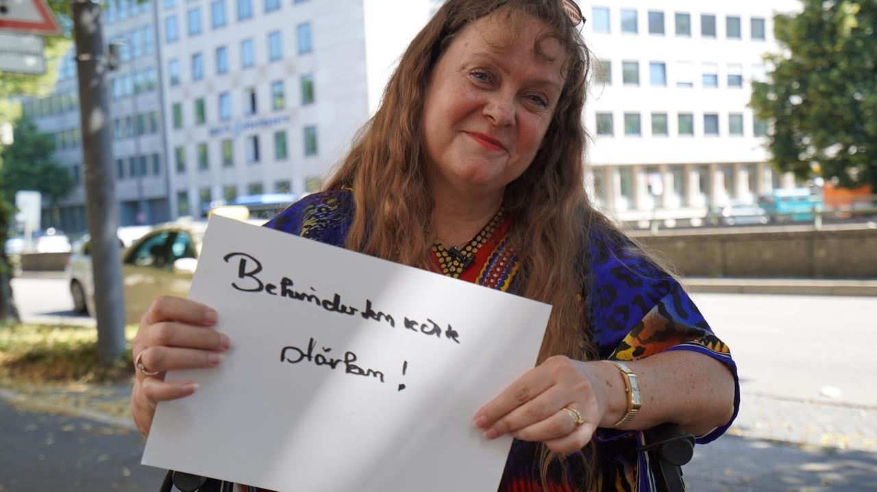Patricia Koller, Aktivistin