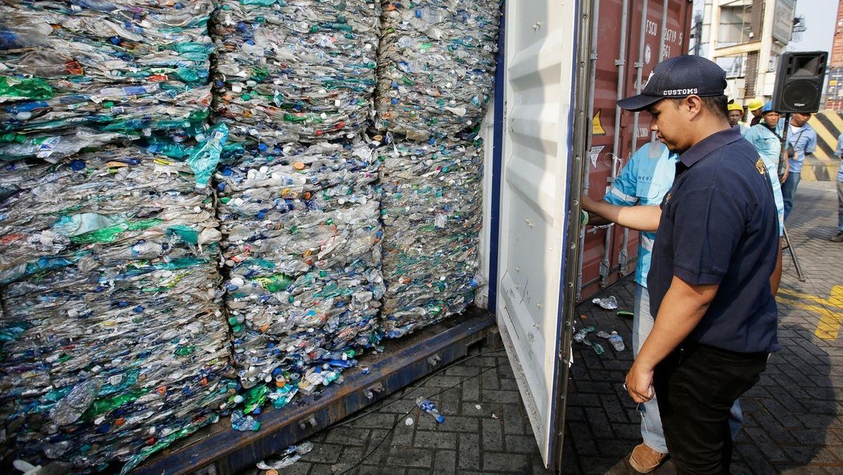 Export von Plastikmüll.