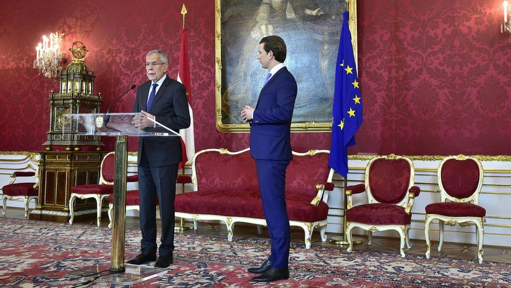 Alexander Van der Bellen, Bundespräsident von Österreich, spricht nach seinem Treffen mit Sebastian Kurz, Bundeskanzler von Österreich, zur Presse | Bild:dpa-Bildfunk/ Foto: Hans Punz