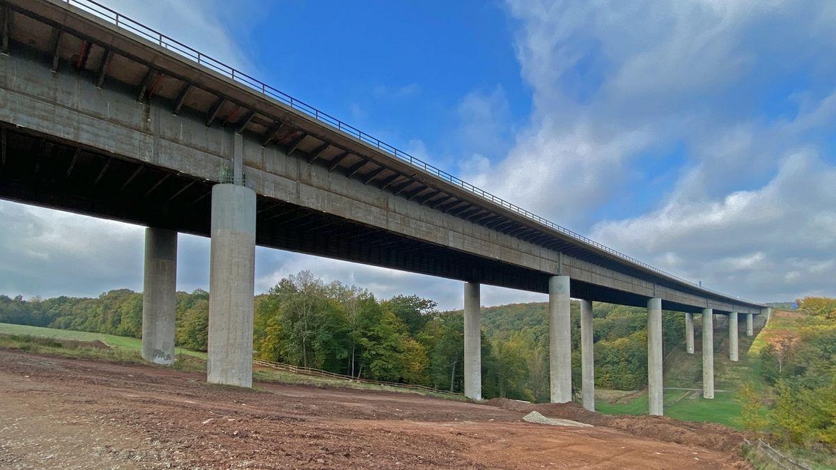 Baustart auf der A7: Talbrücke Thulba wird erneuert