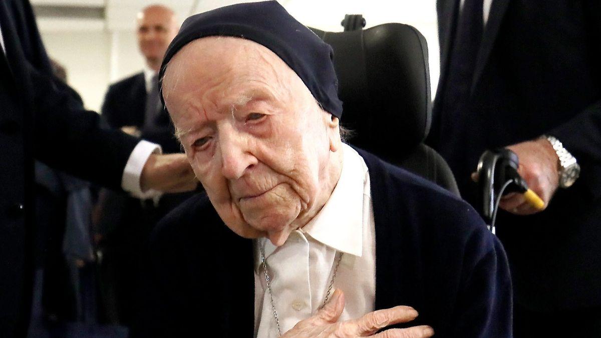 Schwester Andre Randon, älteste Europäerin