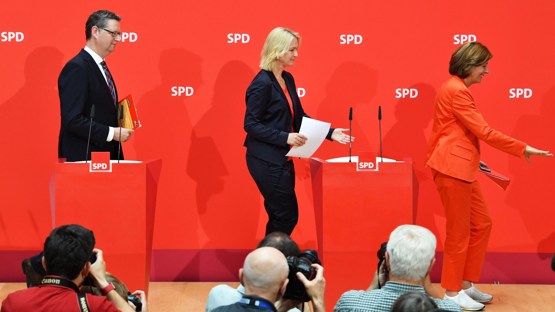 Dreyer (r.), Schwesig (m.) und Schäfer-Gümbel (l.)
